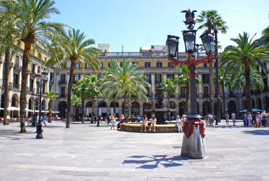 Barcelona & Costa Barcelona Flug- und Busreise