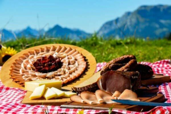 Speck und Strudel mit Törggelen in Südtirol
