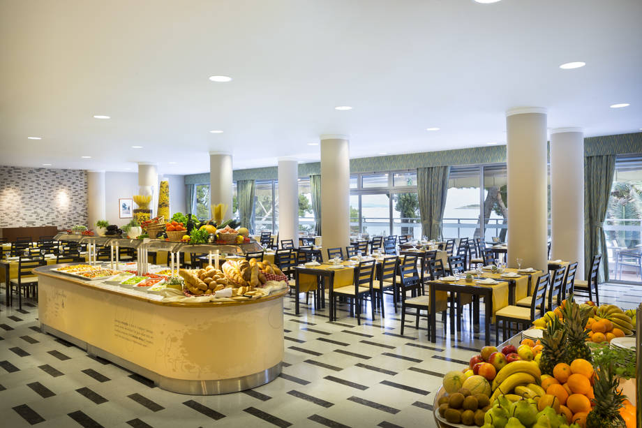 4* Aminess Grand Azur Hotel