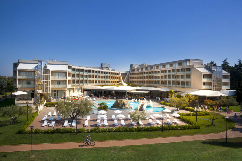 4* Aminess Maestral Hotel