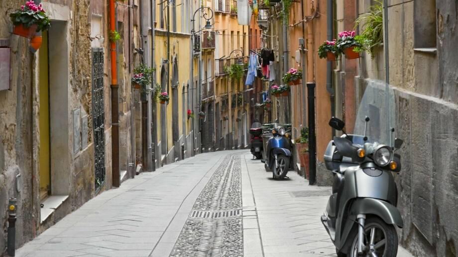 4* Costa Firenze - Baskenmütze & Sombrero inkl. Flug