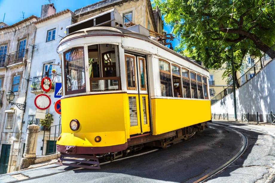 4*+ Costa Fascinosa Mittelmeer mit Lissabon